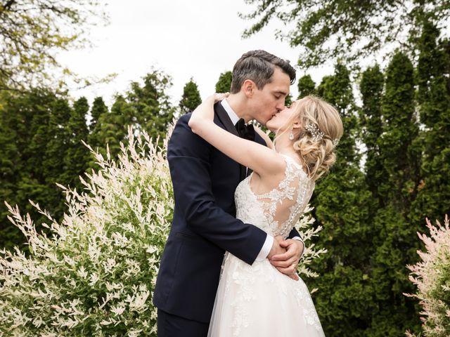 Philippe and Karine's wedding in Saint-Antoine-sur-Richelieu, Quebec 82