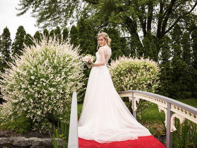 Philippe and Karine's wedding in Saint-Antoine-sur-Richelieu, Quebec 84