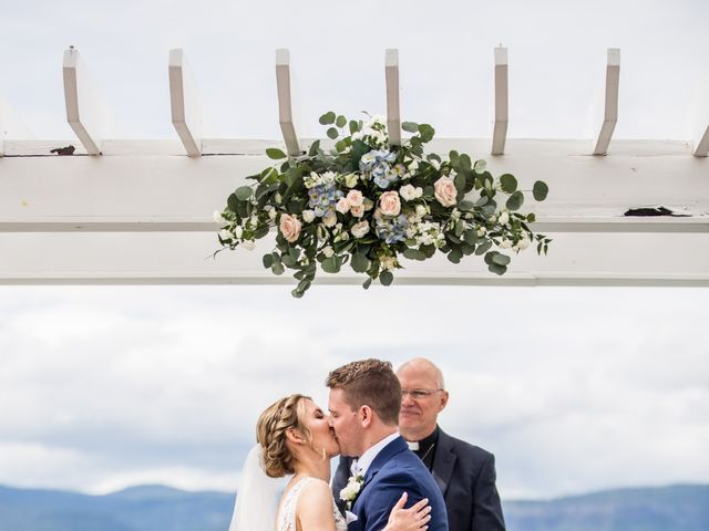 Jeffrey and Kaylee's wedding in Kelowna, British Columbia 17