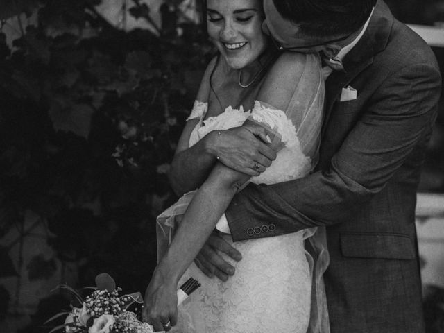 Jonathan and Audrey's wedding in Saint-Charles-sur-Richelieu, Quebec 17