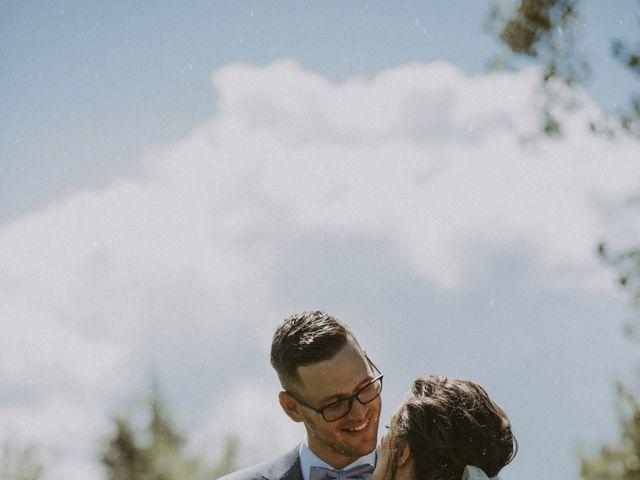 Jonathan and Audrey's wedding in Saint-Charles-sur-Richelieu, Quebec 24