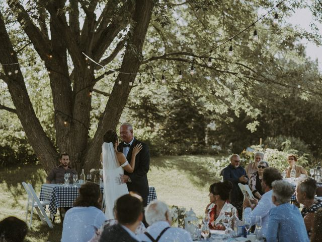 Jonathan and Audrey's wedding in Saint-Charles-sur-Richelieu, Quebec 31
