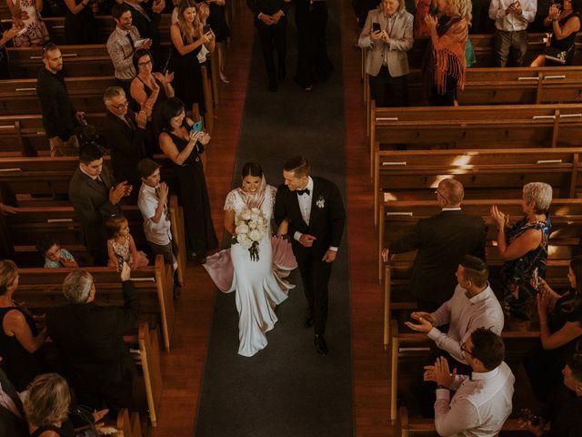 Alexandre and Catherine's wedding in La Prairie, Quebec 36