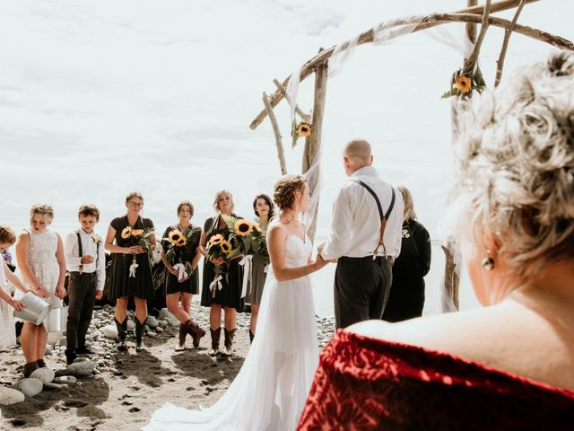 Chelsea and Jacob's wedding in Sooke, British Columbia 9