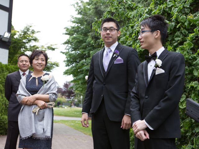Farley and Cindy's wedding in Vancouver, British Columbia 32