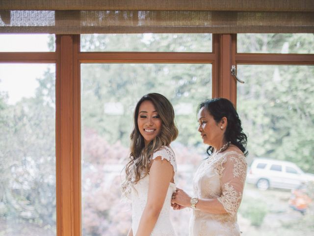 Juleonie Louise and Brent's wedding in Victoria, British Columbia 22
