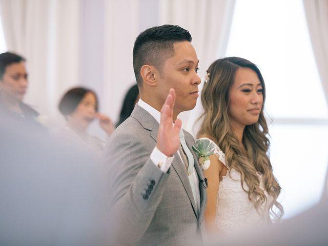 Juleonie Louise and Brent's wedding in Victoria, British Columbia 32