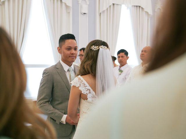 Juleonie Louise and Brent's wedding in Victoria, British Columbia 37