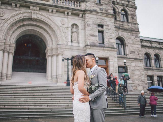 Juleonie Louise and Brent's wedding in Victoria, British Columbia 48
