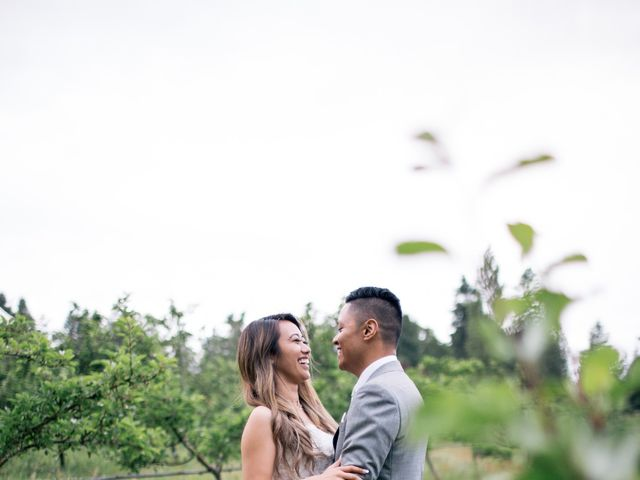 Juleonie Louise and Brent's wedding in Victoria, British Columbia 49