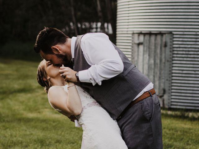 Michelle and Nicco's wedding in Steinbach, Manitoba 10