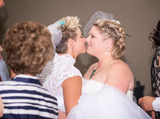Tama Lynn and Amanda's wedding in Niagara Falls, Ontario 12