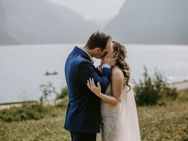 Brady and Rachel's wedding in Lake Louise, Alberta 22