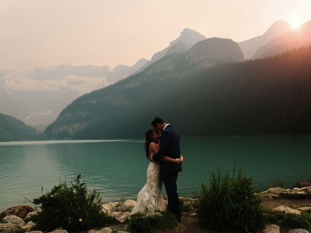 Brady and Rachel's wedding in Lake Louise, Alberta 33