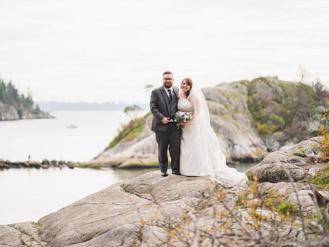 Nathan  and MaryBeth 's wedding in West Vancouver, British Columbia 3