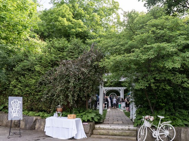 Daniel and Lorri's wedding in Ancaster, Ontario 8