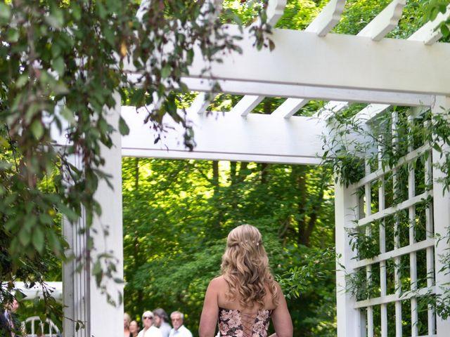Daniel and Lorri's wedding in Ancaster, Ontario 9
