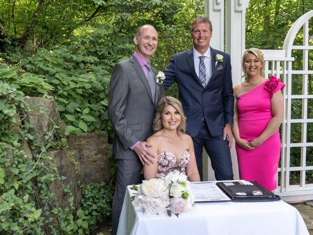 Daniel and Lorri's wedding in Ancaster, Ontario 15