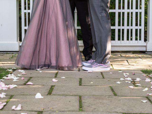 Daniel and Lorri's wedding in Ancaster, Ontario 16