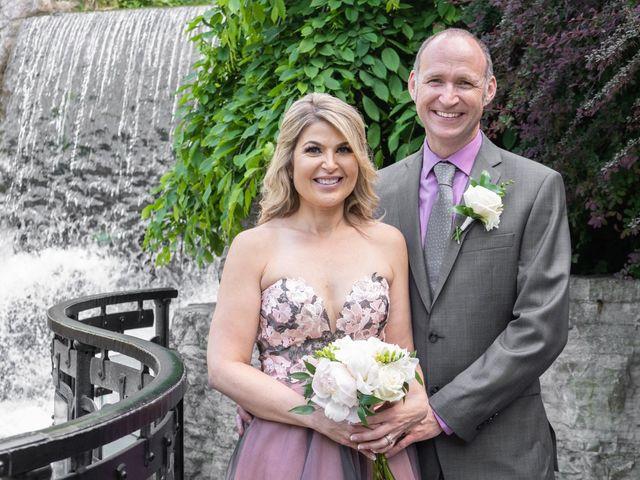 Daniel and Lorri's wedding in Ancaster, Ontario 19