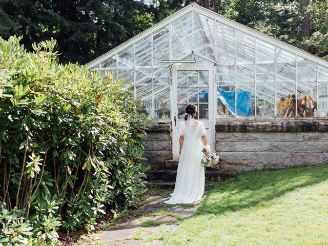 Ricky and Michiko's wedding in Nelson, British Columbia 97