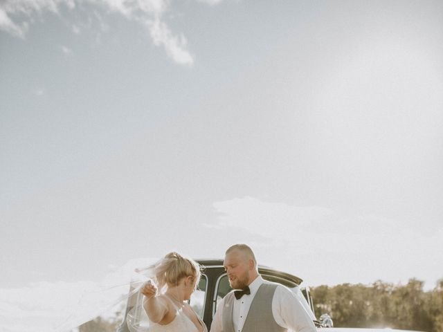 Tracen and Taylor's wedding in Spruce Grove, Alberta 15