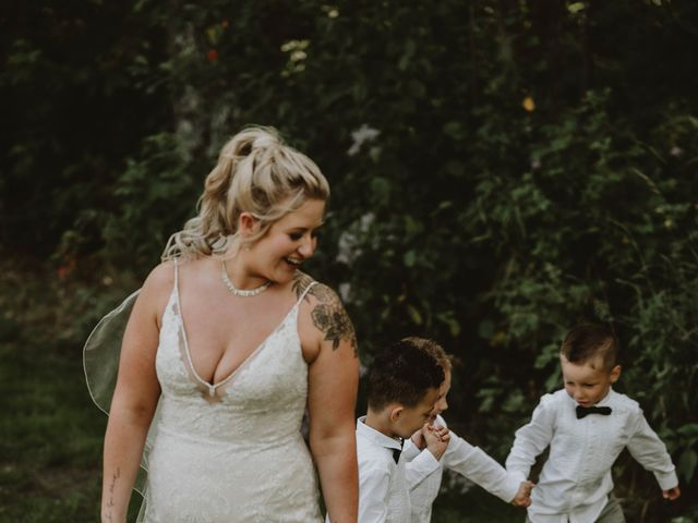 Tracen and Taylor's wedding in Spruce Grove, Alberta 27
