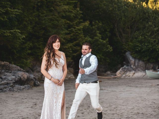 Lucas and Silvana's wedding in Tofino, British Columbia 15
