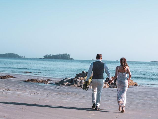 Lucas and Silvana's wedding in Tofino, British Columbia 30