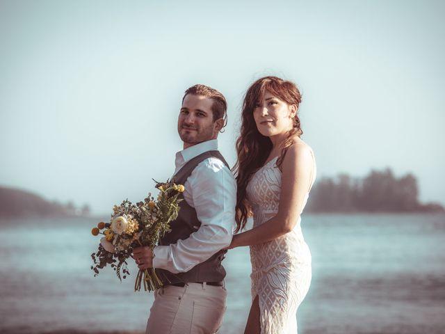 Lucas and Silvana's wedding in Tofino, British Columbia 31