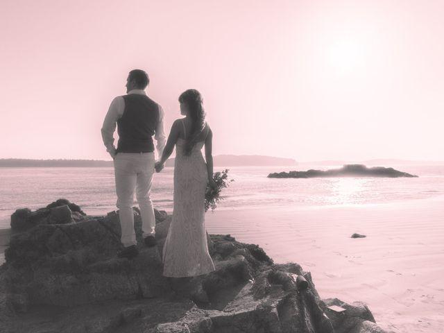 Lucas and Silvana's wedding in Tofino, British Columbia 34
