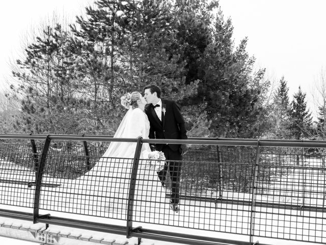Andrew and Megan's wedding in Kingsey Falls, Quebec 42