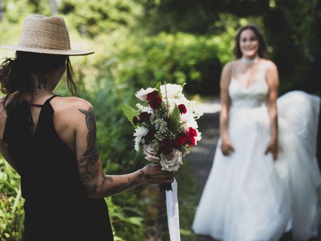 Jessie and Chey's wedding in Ucluelet, British Columbia 3