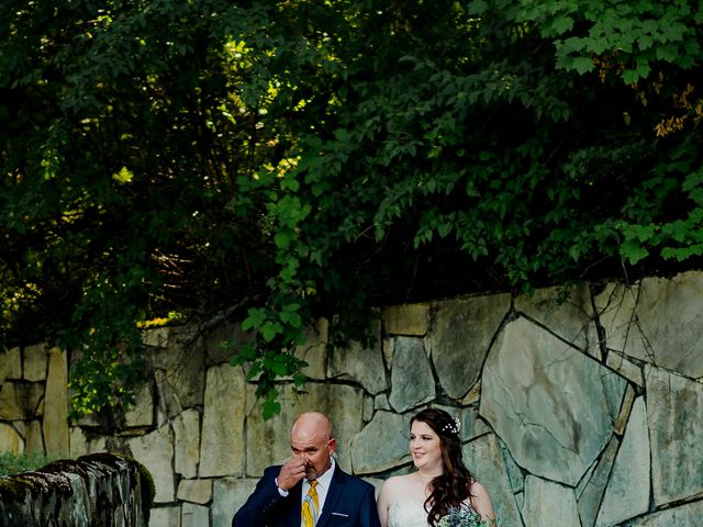 Brian and Megan's wedding in Nelson, British Columbia 3