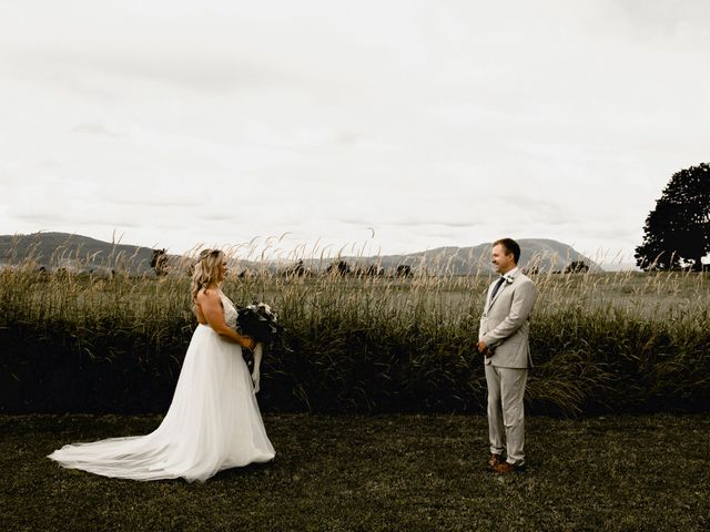 Jess and Brent's wedding in Abbotsford, British Columbia 32