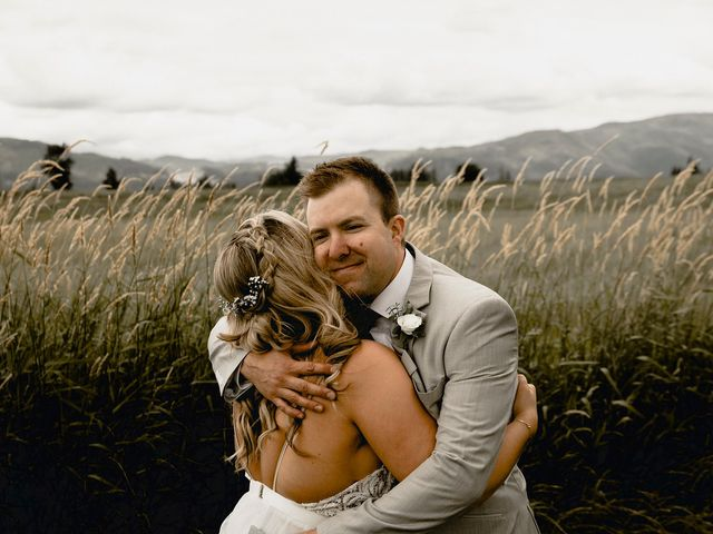 Jess and Brent's wedding in Abbotsford, British Columbia 43