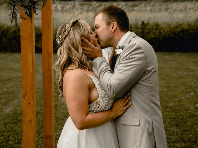 Jess and Brent's wedding in Abbotsford, British Columbia 110