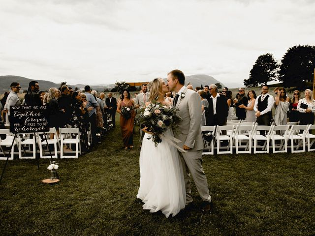 Jess and Brent's wedding in Abbotsford, British Columbia 114