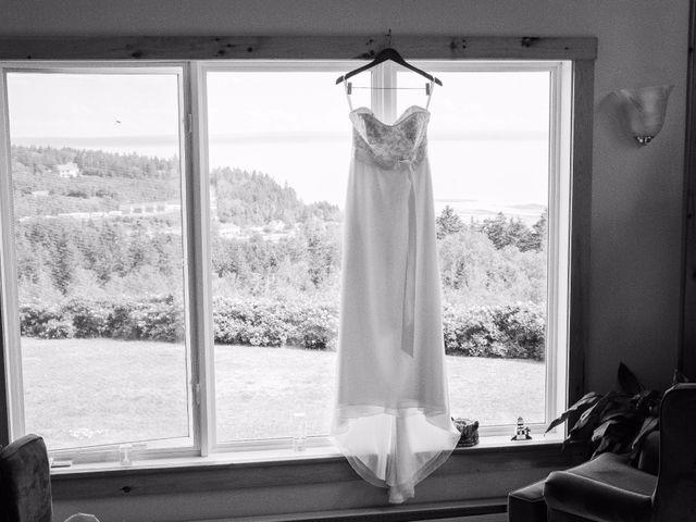 Tim and Jennifer's wedding in Fundy National Park, New Brunswick 5