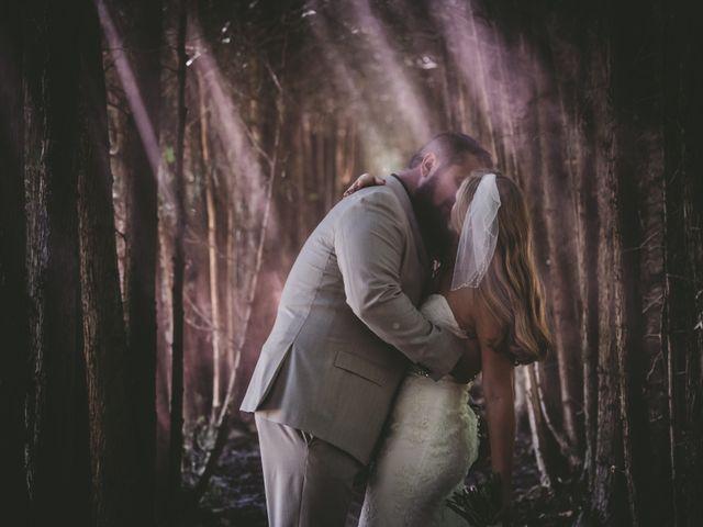 Kellie and Andy's wedding in Delhi, Ontario 9