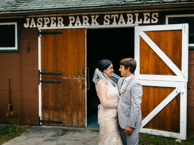 Graeme and Stephanie's wedding in Jasper, Alberta 23