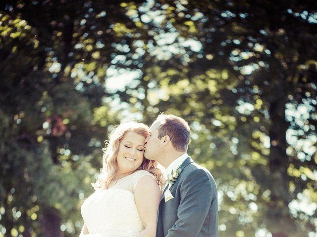 Todd and Yvonne's wedding in Burlington, Ontario 28