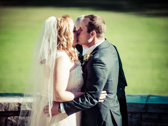Todd and Yvonne's wedding in Burlington, Ontario 54