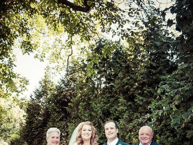 Todd and Yvonne's wedding in Burlington, Ontario 59