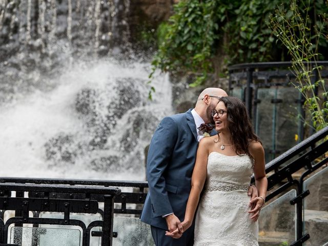 Kevin and Margarita's wedding in Hamilton, Ontario 27