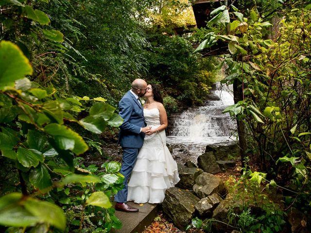 Kevin and Margarita's wedding in Hamilton, Ontario 28