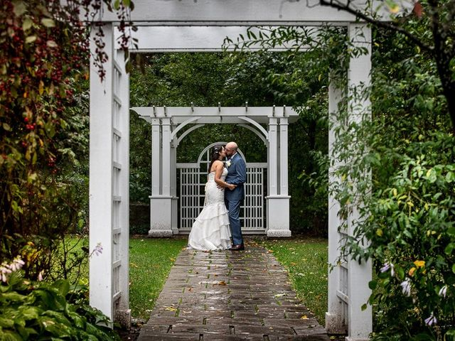 Kevin and Margarita's wedding in Hamilton, Ontario 31