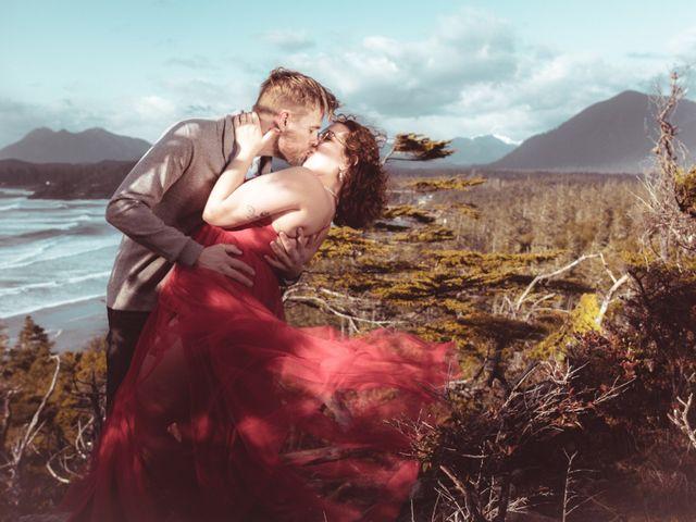Riley and Brianne's wedding in Tofino, British Columbia 5