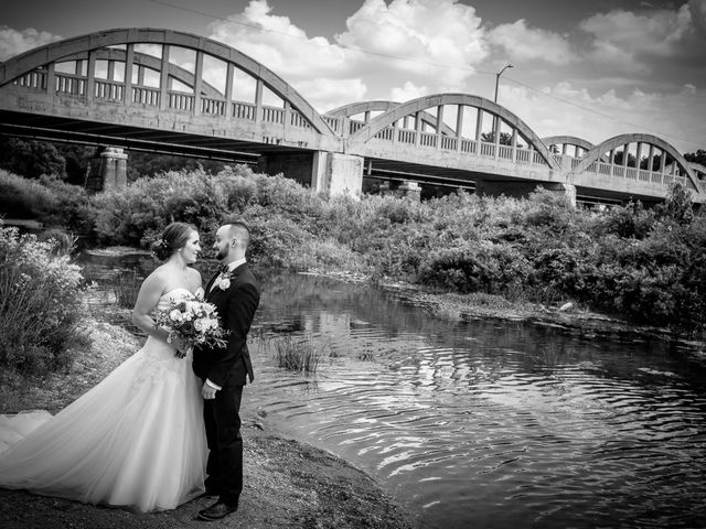 Justin and Laura's wedding in Kitchener, Ontario 24