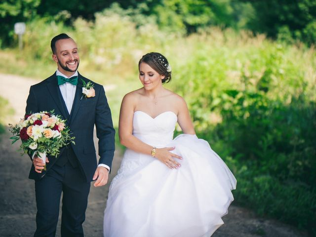 Justin and Laura's wedding in Kitchener, Ontario 27